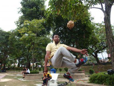 マレーシアのセパタクロー練習